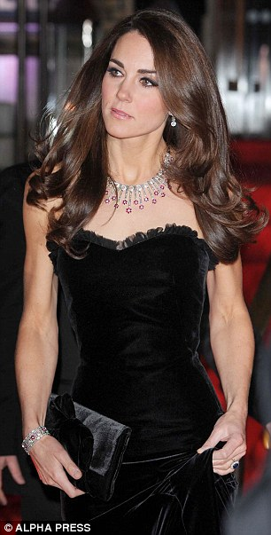 Kate Middleton blow hair style