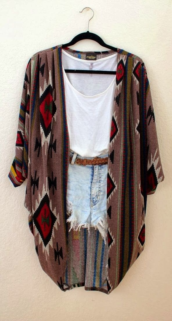 Lovely Outfit With Cardigan and short jeans