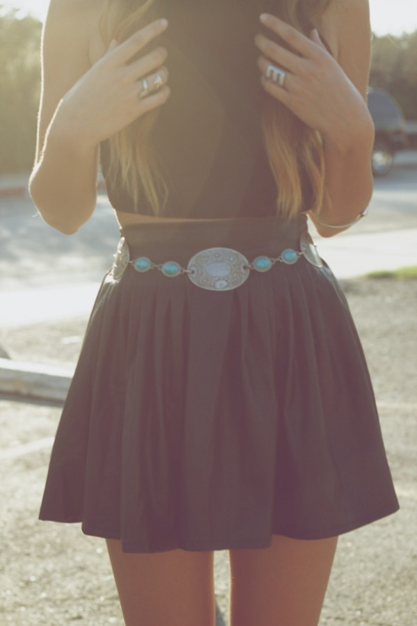 Black crop top with skirt, love the belt.