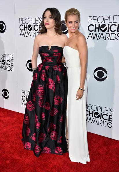 Kat Dennings and Beth Behrs At People's Choice Awards 2014
