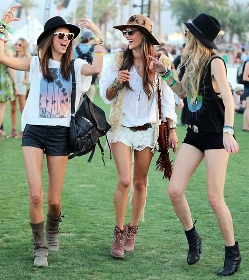 111b90a5aff casual style Archives » Celebrity Fashion