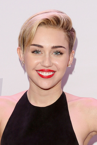 Miley Cyrus Pixie Cut