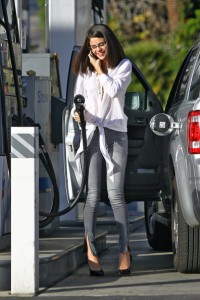Selena Gomez Retro Style
