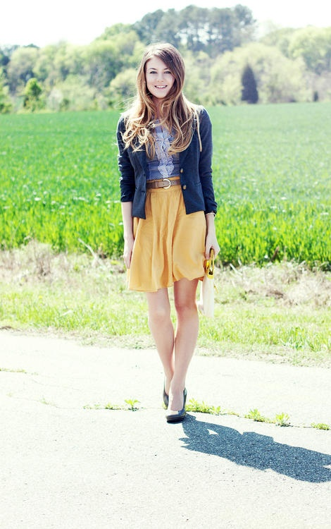 Simple Yellow Skirt Makes Outfit