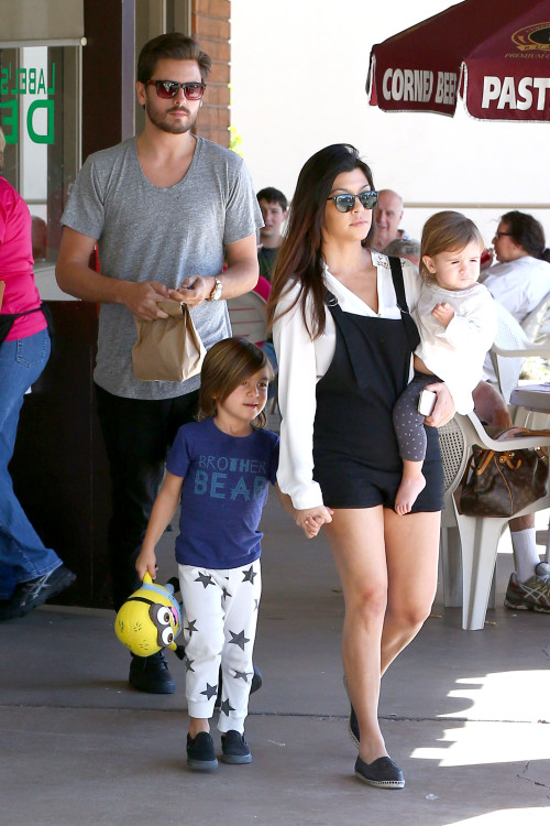 Kourtney Kardashian and Scott Disick enjoy the day with their Little Ones