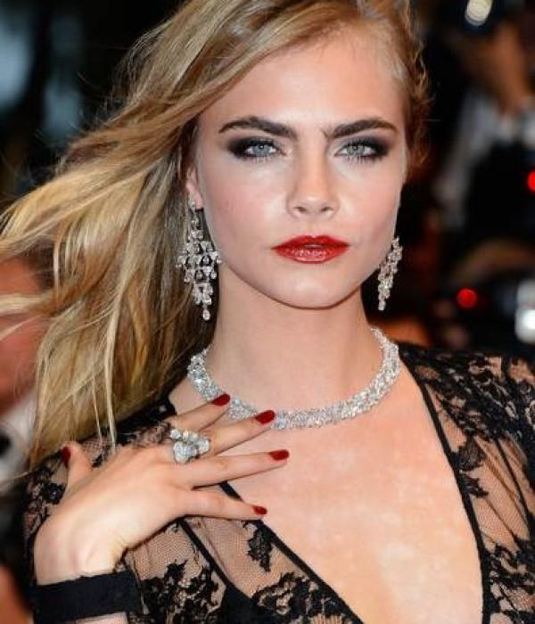 Cara Delevingne Beauty Looks