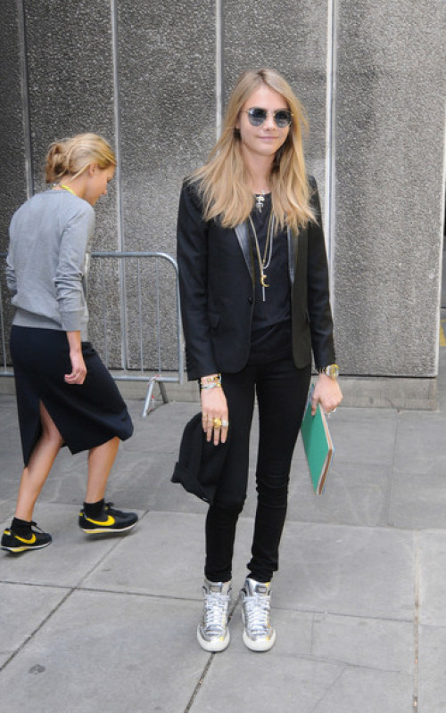 Models Off Duty: Cara Delevingne Street Style