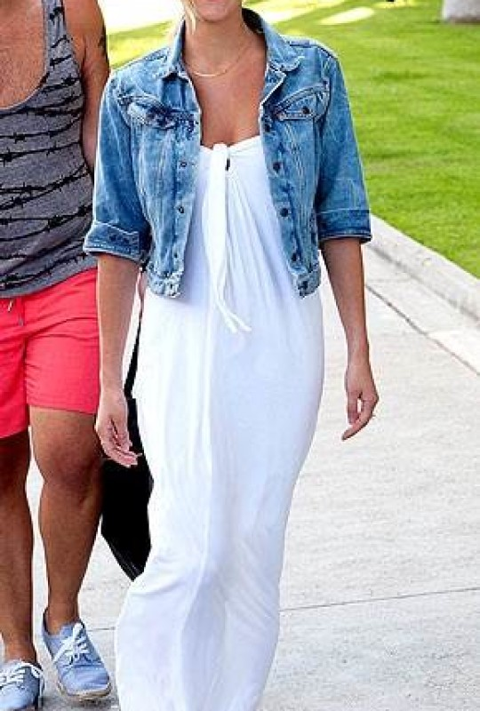 More Stylish With White MAxi Dress For Summer