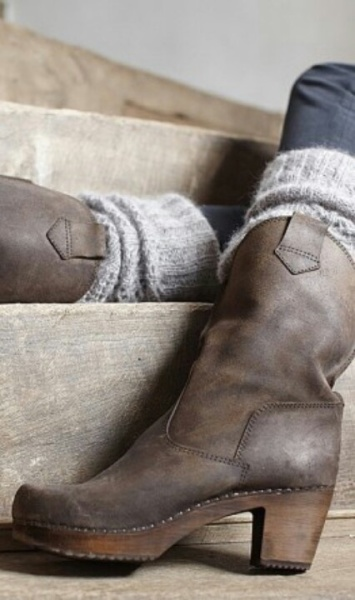 mid calf fall boots