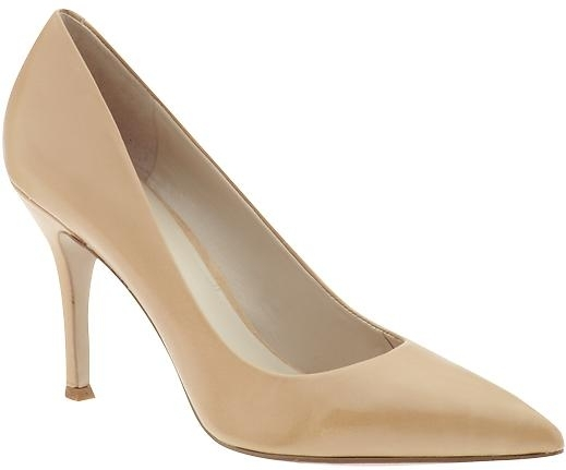 Nine West Flax in Nude