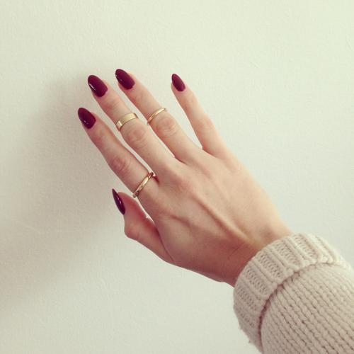 Burgundy Nails art