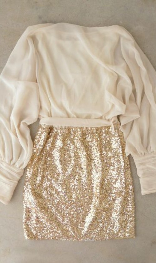 How To Wear Sparkle Outfit For New Years Eve