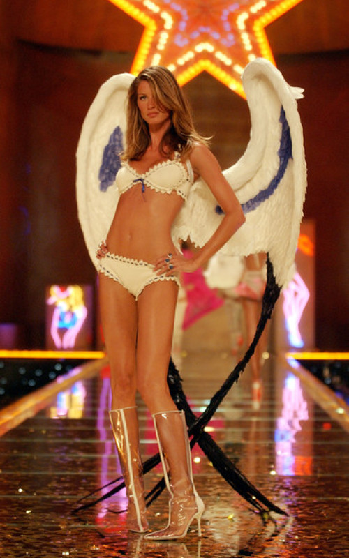 Victoria's Secret Fashion Show, November 2002