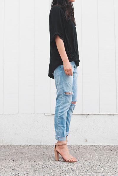 blue torn jeans... black tee and nude block heels