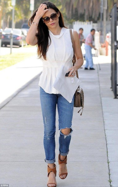 Jenna Dewan-Tatum Street Style: Keep it Simple
