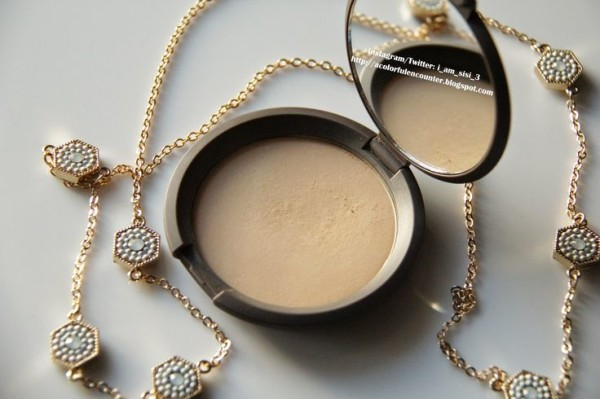 BECCA Perfect Skin Mineral Powder