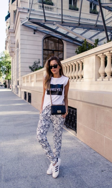 A casual outfit from Paris