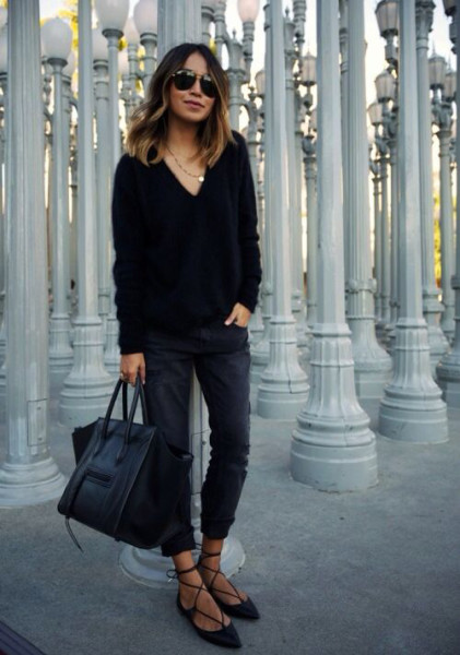 You can't go wrong all black. Wear black lace-up flats with black pants and a black sweater.