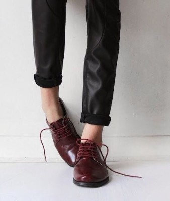 MINIMAL + CLASSIC blood red oxfords