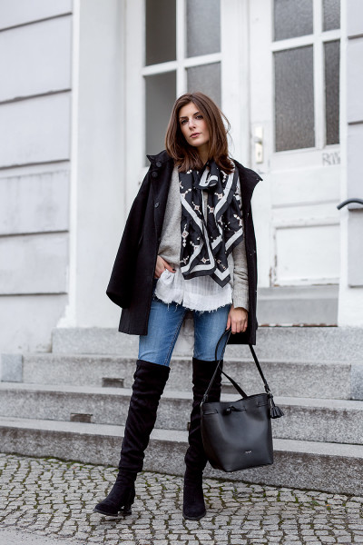 Black-and-White-Layering-1