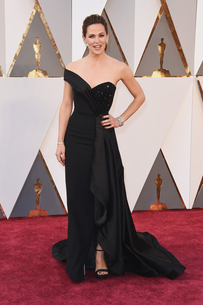Jennifer Garner in Versace
