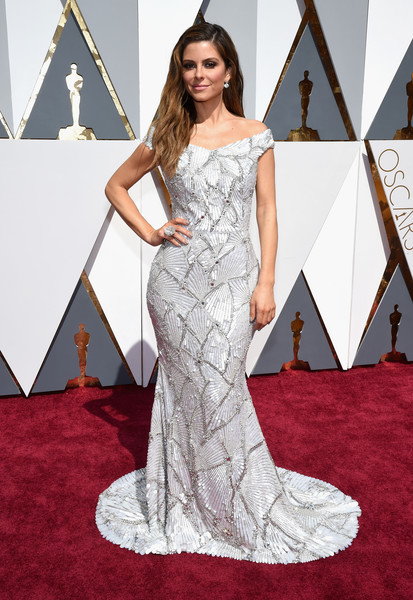 Maria Menounos in Christian Siriano