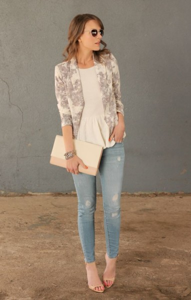 Floral Simplicity - Penny Pincher Fashion Floral blazer pastels work casual