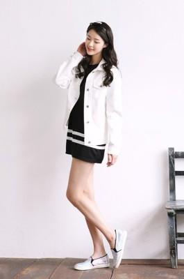 Trendy Korean dress, white jean jacket, simple shoes