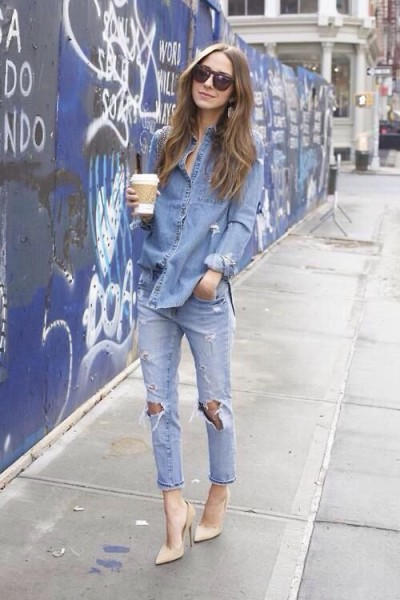 Denim on denim, nude heels plus coffee! This is the perfect start to any day!