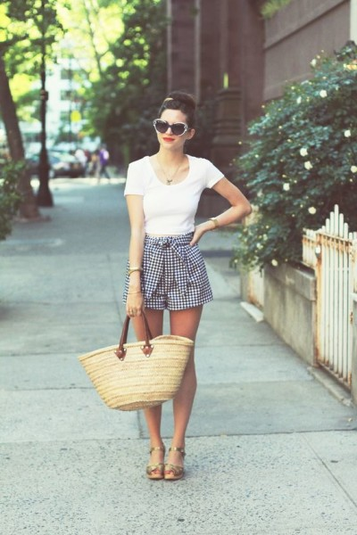 Picnic Outfit Style Ideas For This Summer Celebrity Fashion Outfit Trends And Beauty Tips