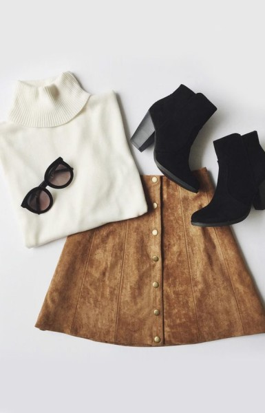 A high, fitted waist tops this '70s inspired A-line skirt composed of soft microfiber suede.