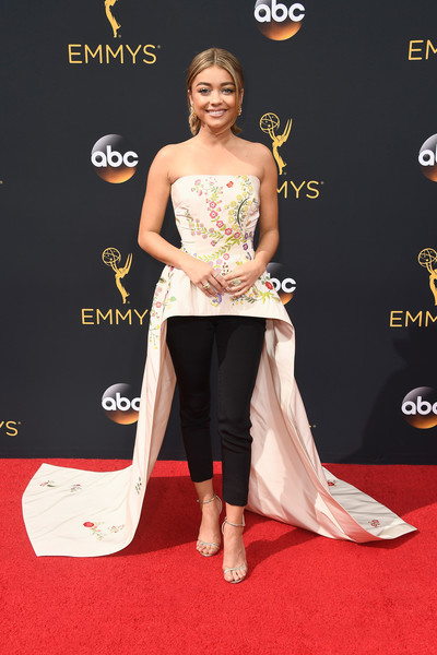 Sarah Hyland in Monique Lhuillier
