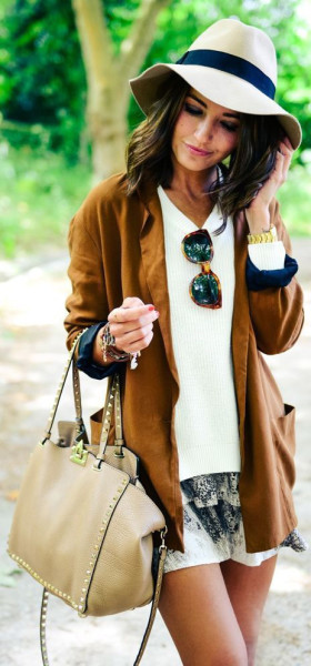 via Gurl| How to Style Suede Outfit In This Fall