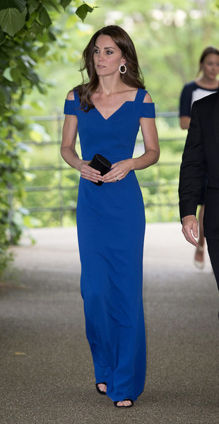 Kate Middleton cut a sophisticated figure in a cobalt cold-shoulder column dress by Roland Mouret at the 40th anniversary of SportsAid.