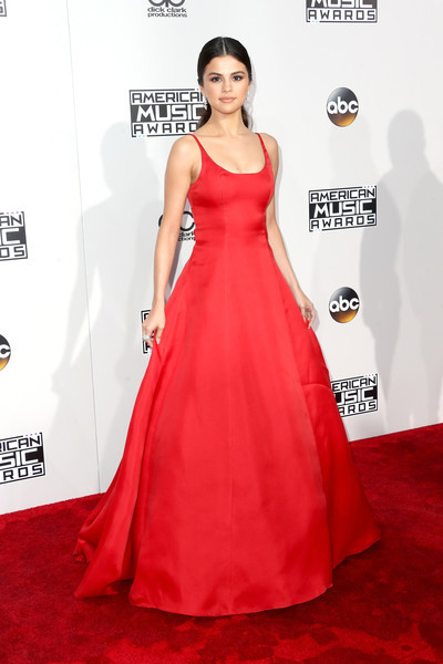 Selena Gomez in Prada - 2016 American Music Awards Best Dressed Moment