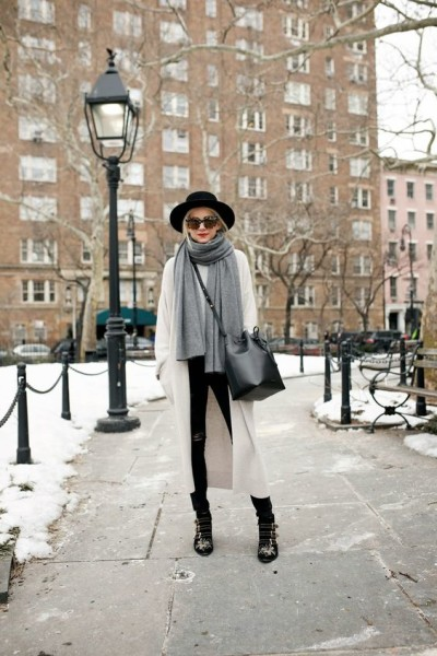 knit layer look, winter, fedora, hat, Mansur Gavriel bucket bag, Chloé susanna boots