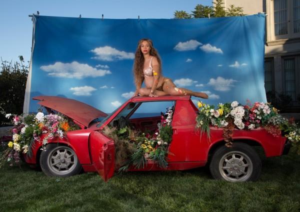 Beyonce-Pregnancy-Photo-27-1331x940