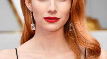 Emma Roberts Retro Hairstyle