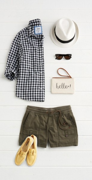 This borrowed-from-the-boys gingham button down feels just right for spring. Keep it casual with a rolled sleeve and drawstring shorts.