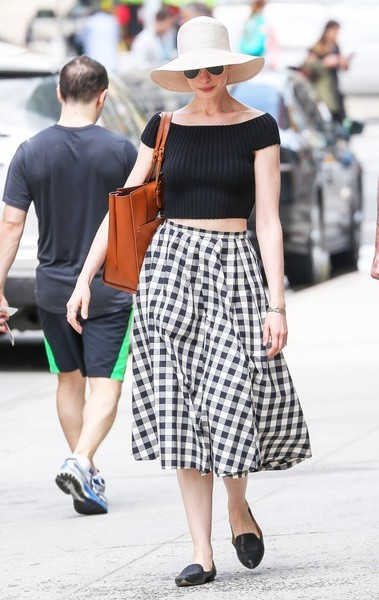Anne Hathaway Crop Top and Full Skirt