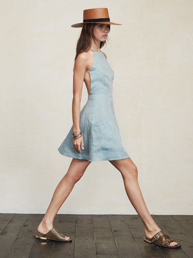 Fresh linens for summer. The Aurora Dress is cute, easy, and shows just the right amount of skin. via Reformation