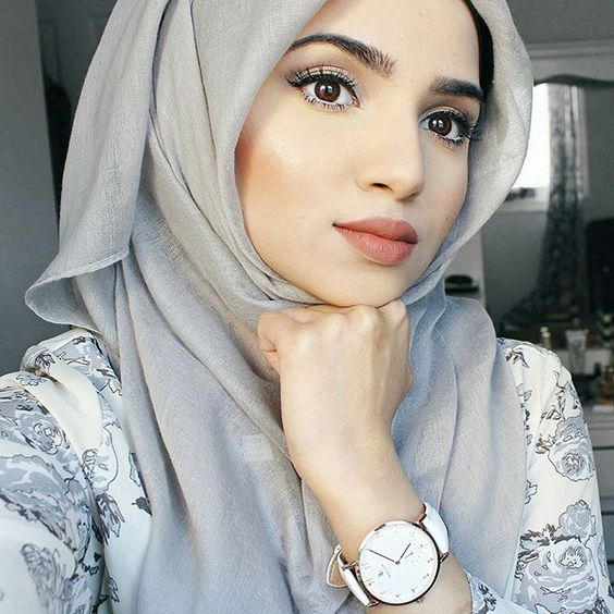 via @ayesha_taani | Pretty Hijabi Makeup Ideas You Need to Follow