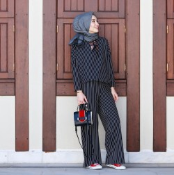 Modern Hijab Style We Learn From Rabia Sena Sever