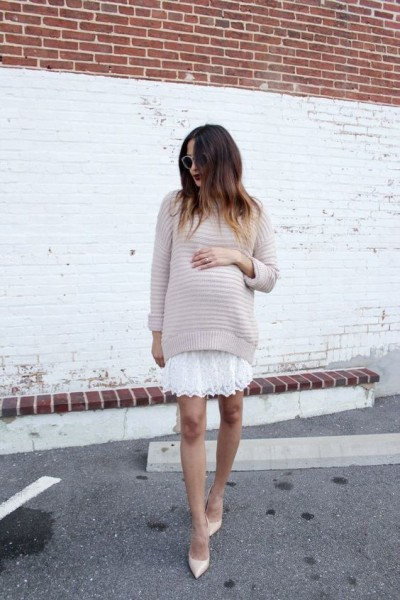 via discodaydream.com | Summer Chic Maternity Style Outfit Ideas