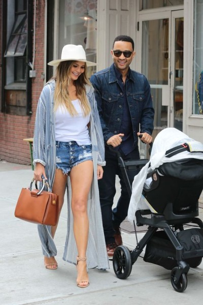 Chrissy Teigen's off-duty handbag style is on point.