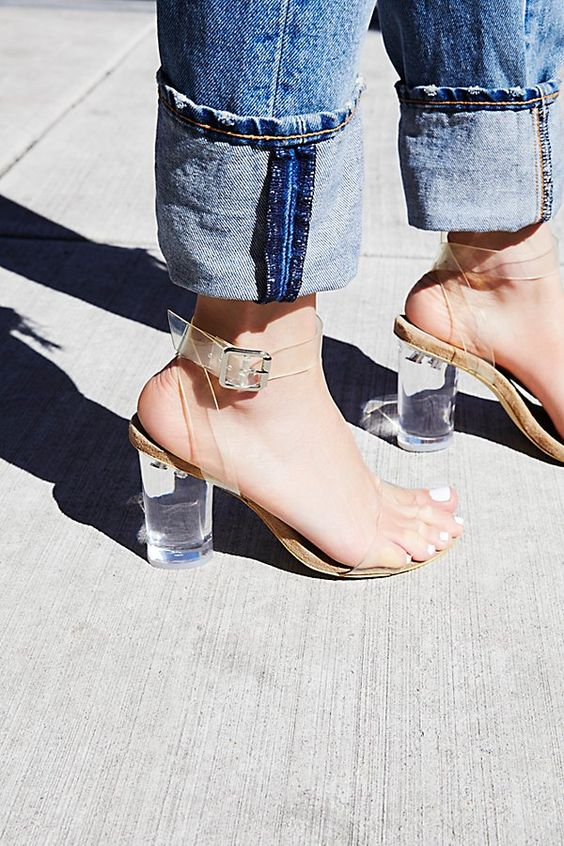 Cleared heeled sandals