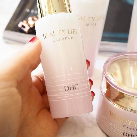 DHC Beauty Lift Essence