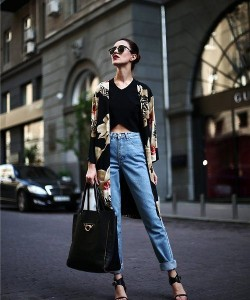 Tina Sizonova - How To Style A Kimono Coat Like Fashion Bloggers