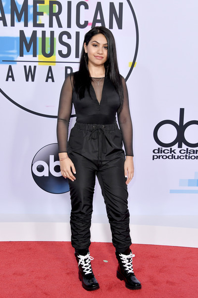 Alessia Cara | Best Red Carpet Looks From American Music Awards 2017