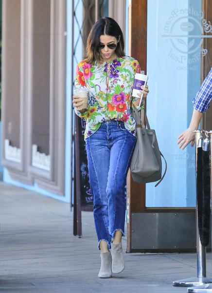 Jenna Dewan-Tatum Capri Jeans